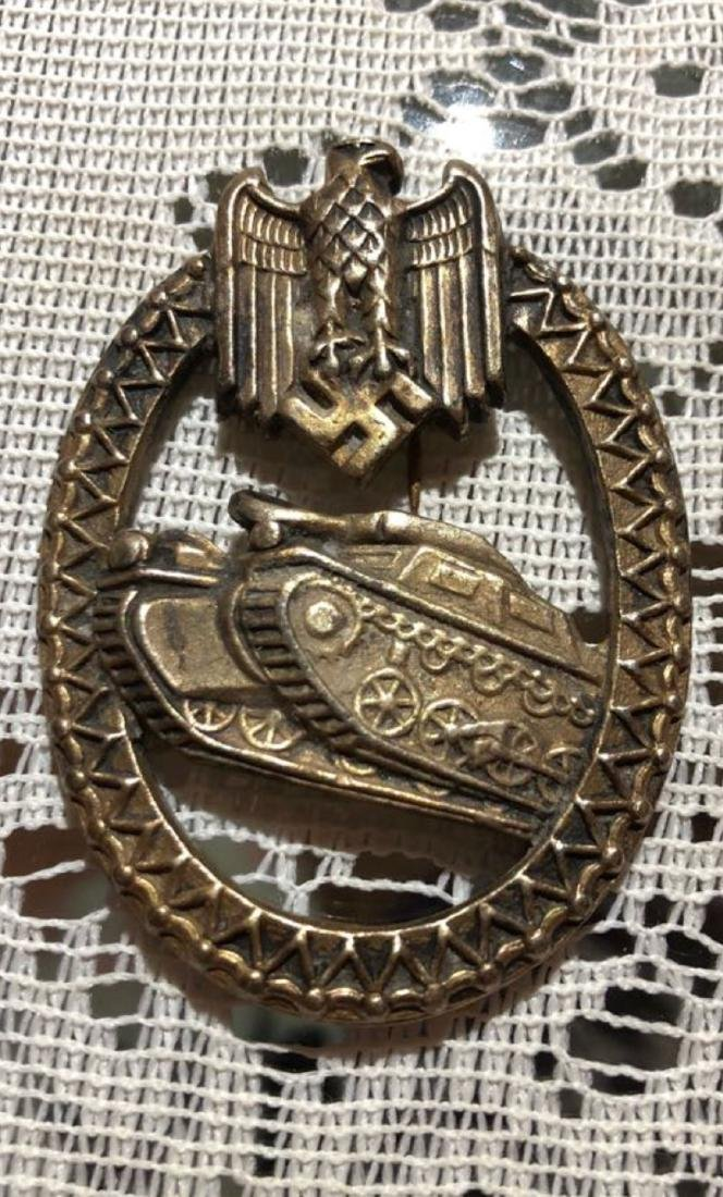 WW2 GERMAN TANK ASSAULT BADGE.