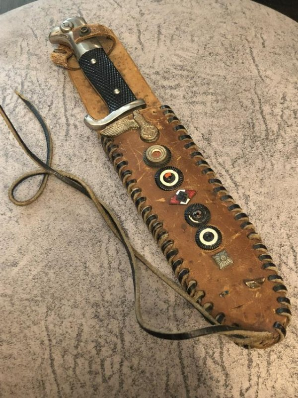 WW2 GERMAN SOLDIERS FIGHTING KNIFE WITH HANDMADE SHEATH
