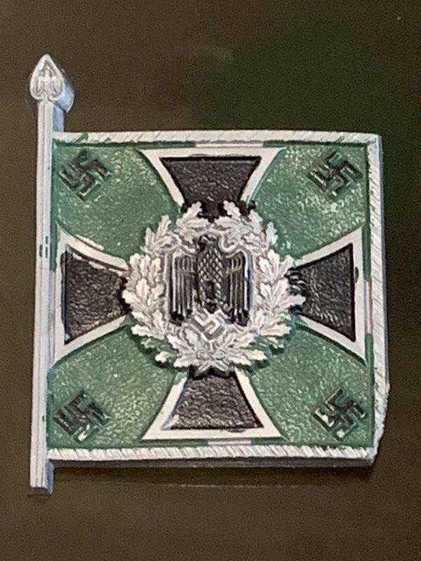 WW2 GERMAN FLAG BADGE WITH IRON CROSS