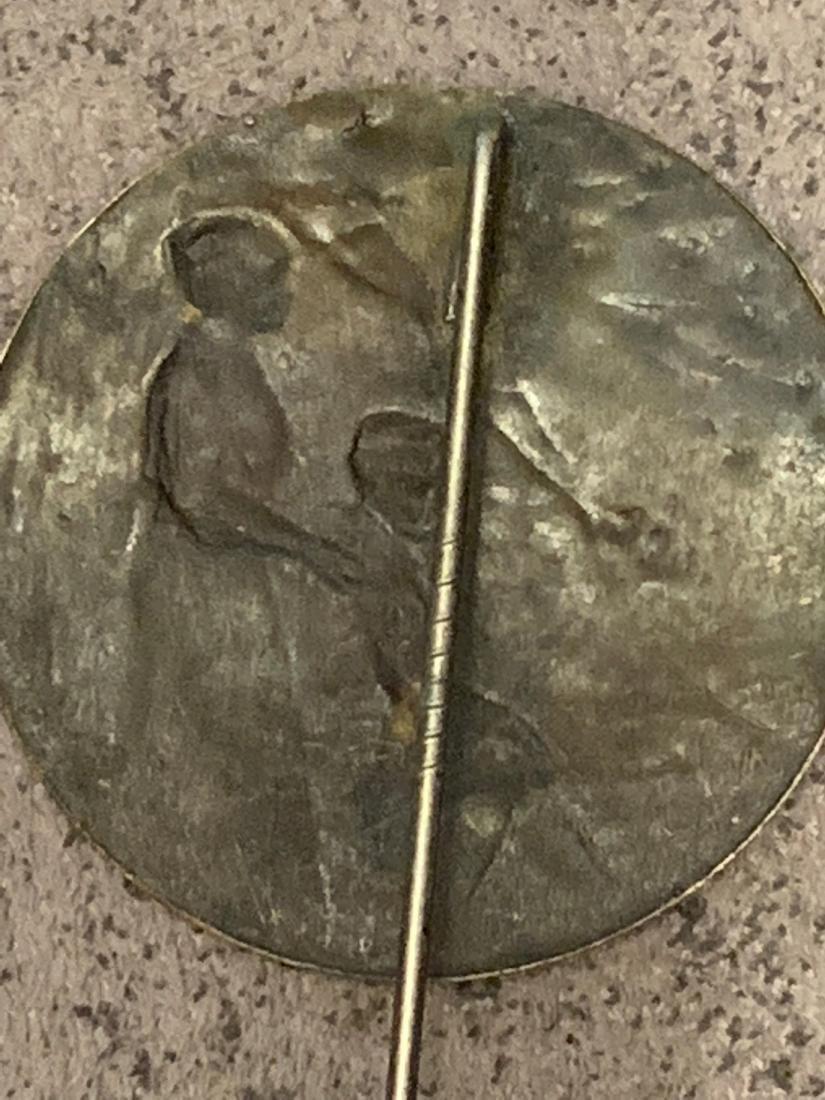 ANTIQUE WW2 GERMAN LABOR PIN - 4