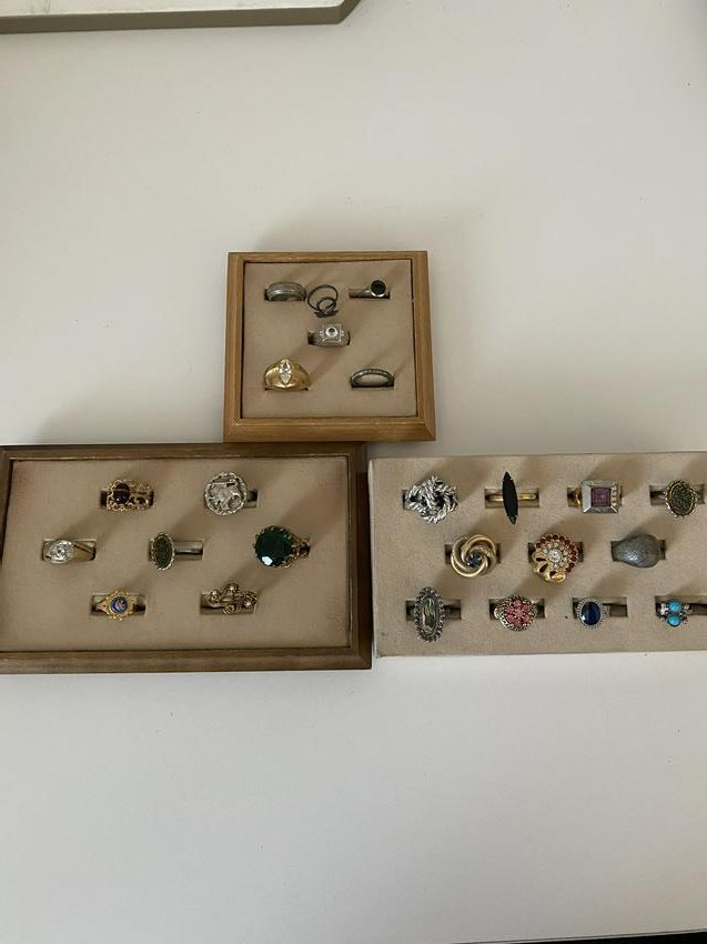 LOT OF (24) STERLING SILVER & GOLD RINGS