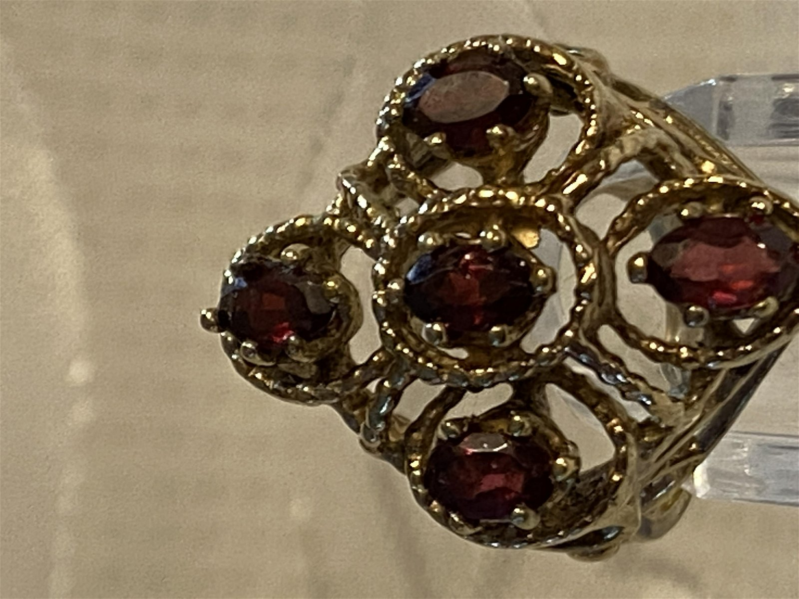 LADIES DESIGNER STERLING SILVER RING WITH GARNETS