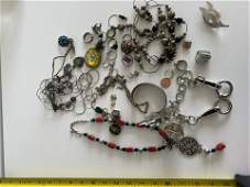 VINTAGE COLLECTION OF SILVER JEWELRY LOT