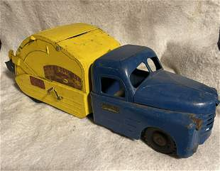 RARE STRUCTO TOYS PRESSED STEEL UTILITY TRUCK
