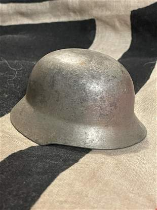 MINIATURE WW2 GERMAN HELMET DESK ORNAMENT
