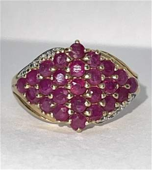 STUNNING 10K GOLD 1 CT RED RUBIES & DIAMOND RING SZ 7