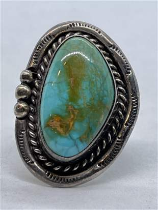 STERLING SILVER 6 CT TURQUOISE NATIVE AMERICAN RING SZ