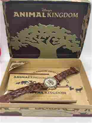 VINTAGE DISNEY ANIMAL KINGDOM WRISTWATCH W/ORIG. BOX