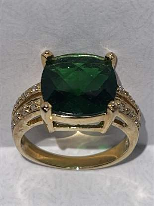 STERLING SILVER 3 CT GREEN STONE COCKTAIL RING SZ 7