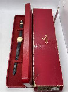 OMEGA LADIES 14K GOLD WRISTWATCH W/ORIG. BOX