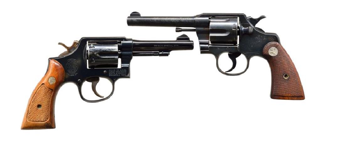 2 REVOLVERS. COLT & SMITH & WESSON.