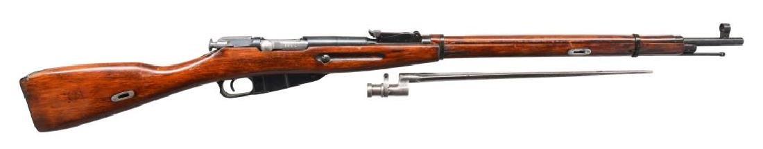 2 IZHEVSK 91/30 BOLT ACTION RIFLES. - 3