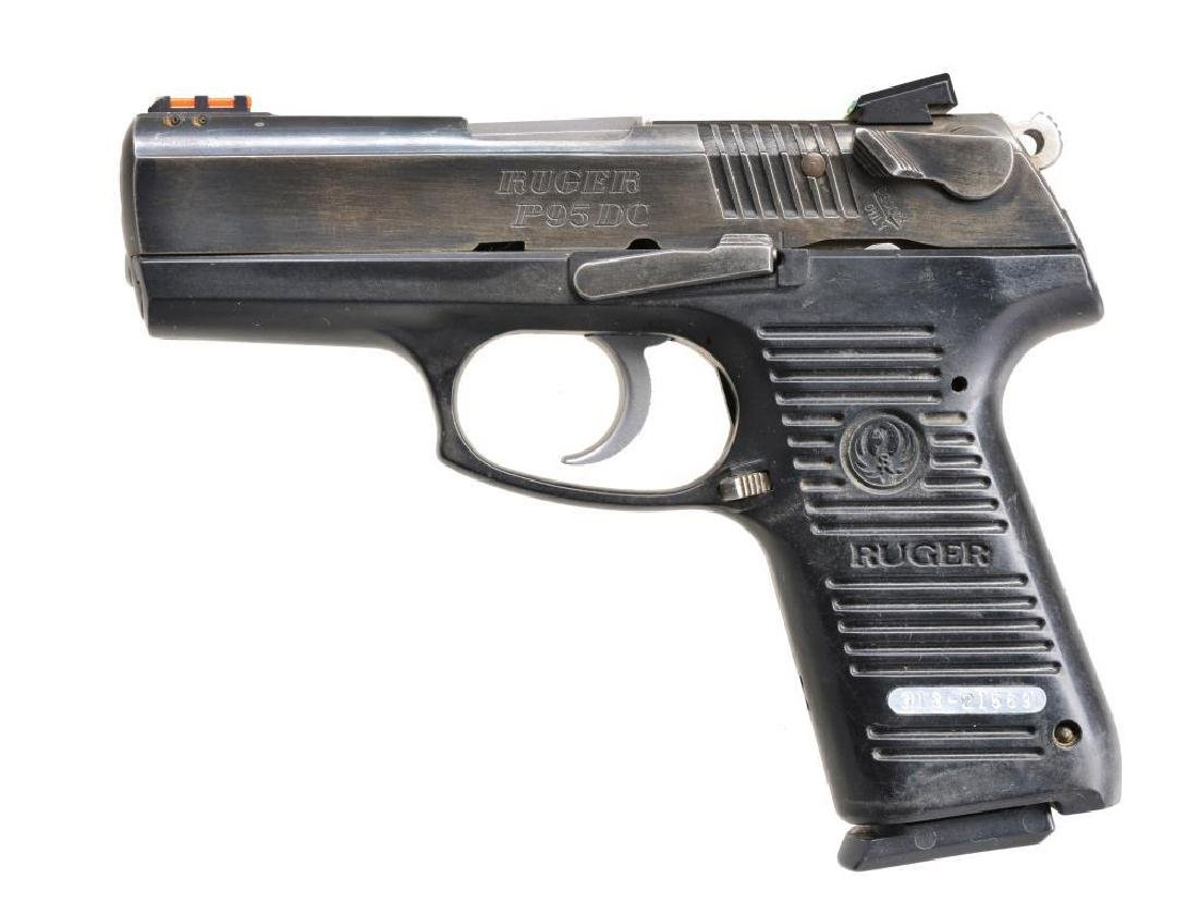 2 PISTOLS: SMITH & WESSON AND RUGER. - 4