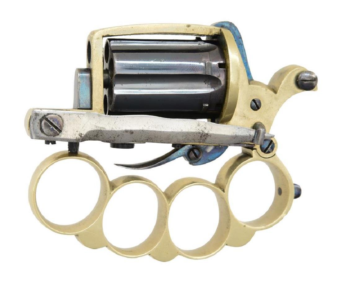 APACHE KNUCKLE DUSTER PEPPERBOX REVOLVER. - 2