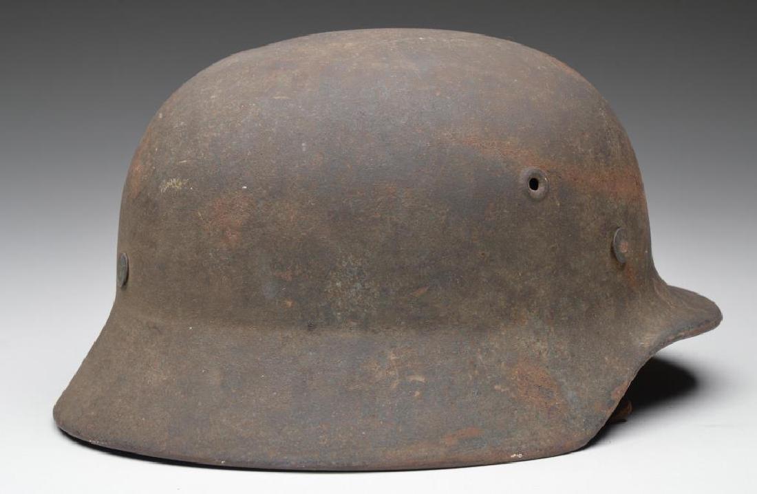 WWII GERMAN ARMY HELMET. - 2