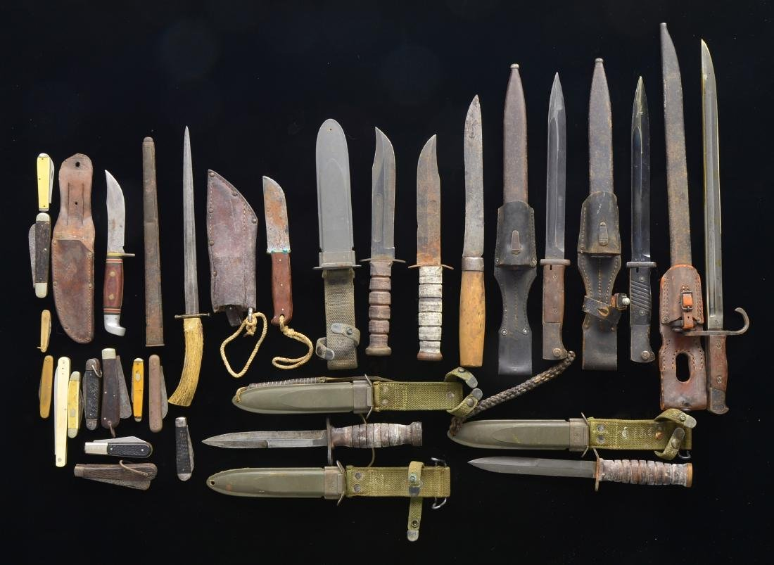 24 BAYONETS, KNIVES, FIGHTING KNIVES & 1 SCABBARD.