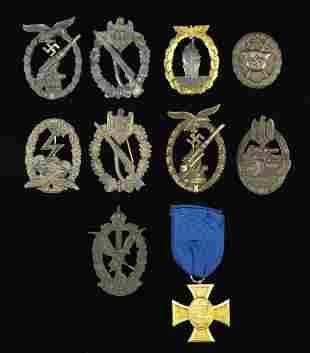 WWI & WWII GERMAN BADGES & MEDAL.
