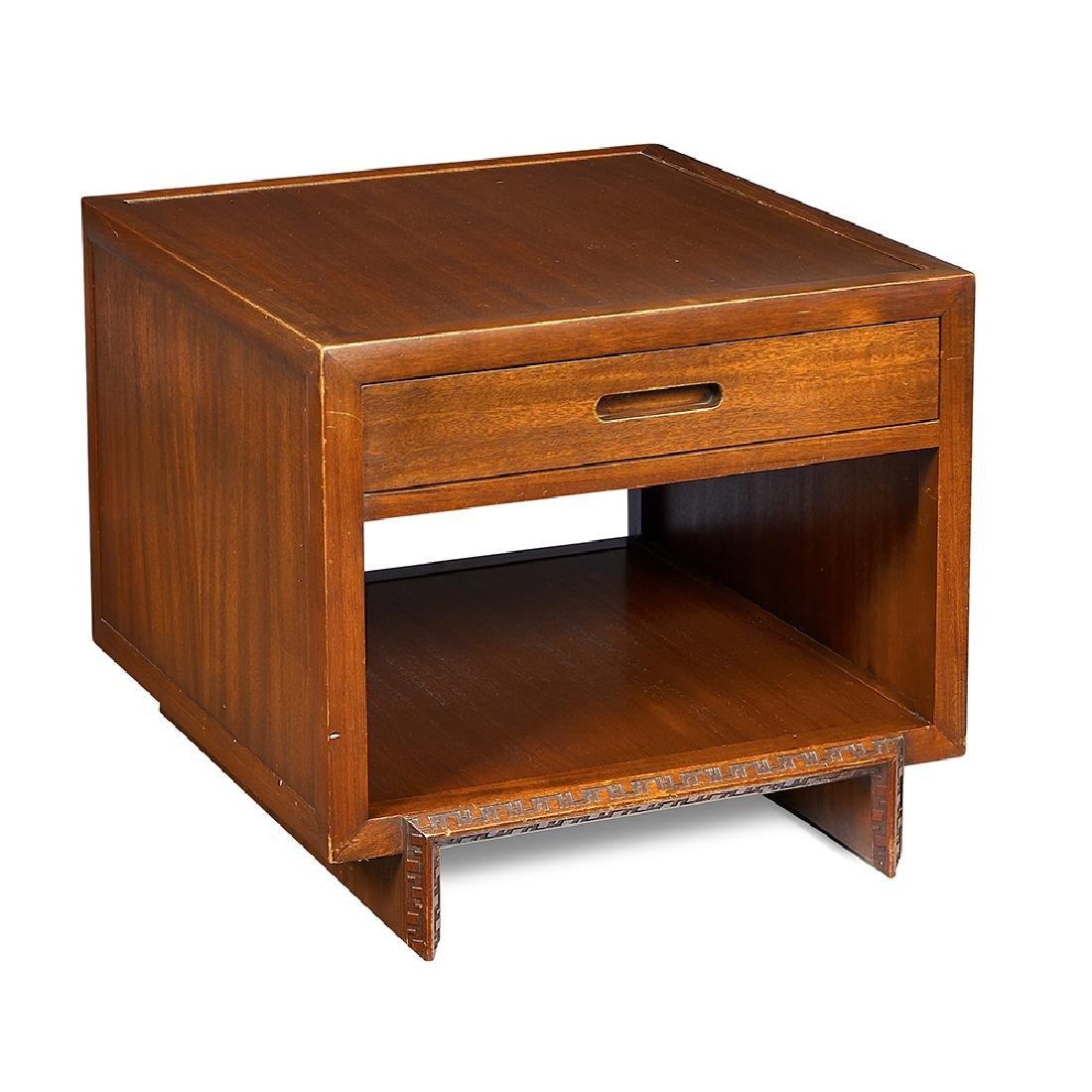 Frank Lloyd Wright / Henredon side table