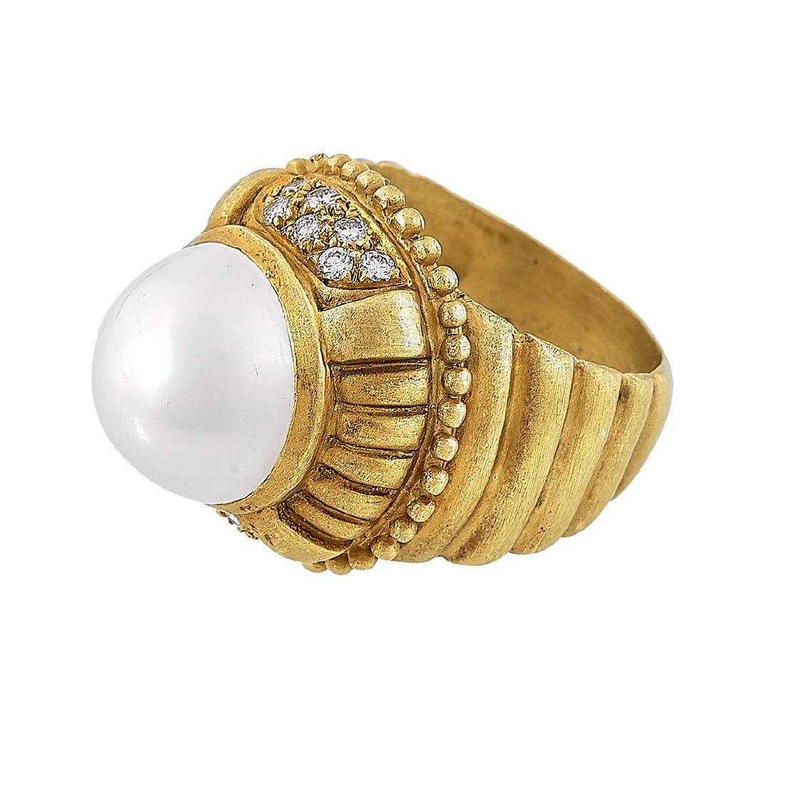 Doris Panos, 18K Yellow Gold Ladies Ring, Size 7