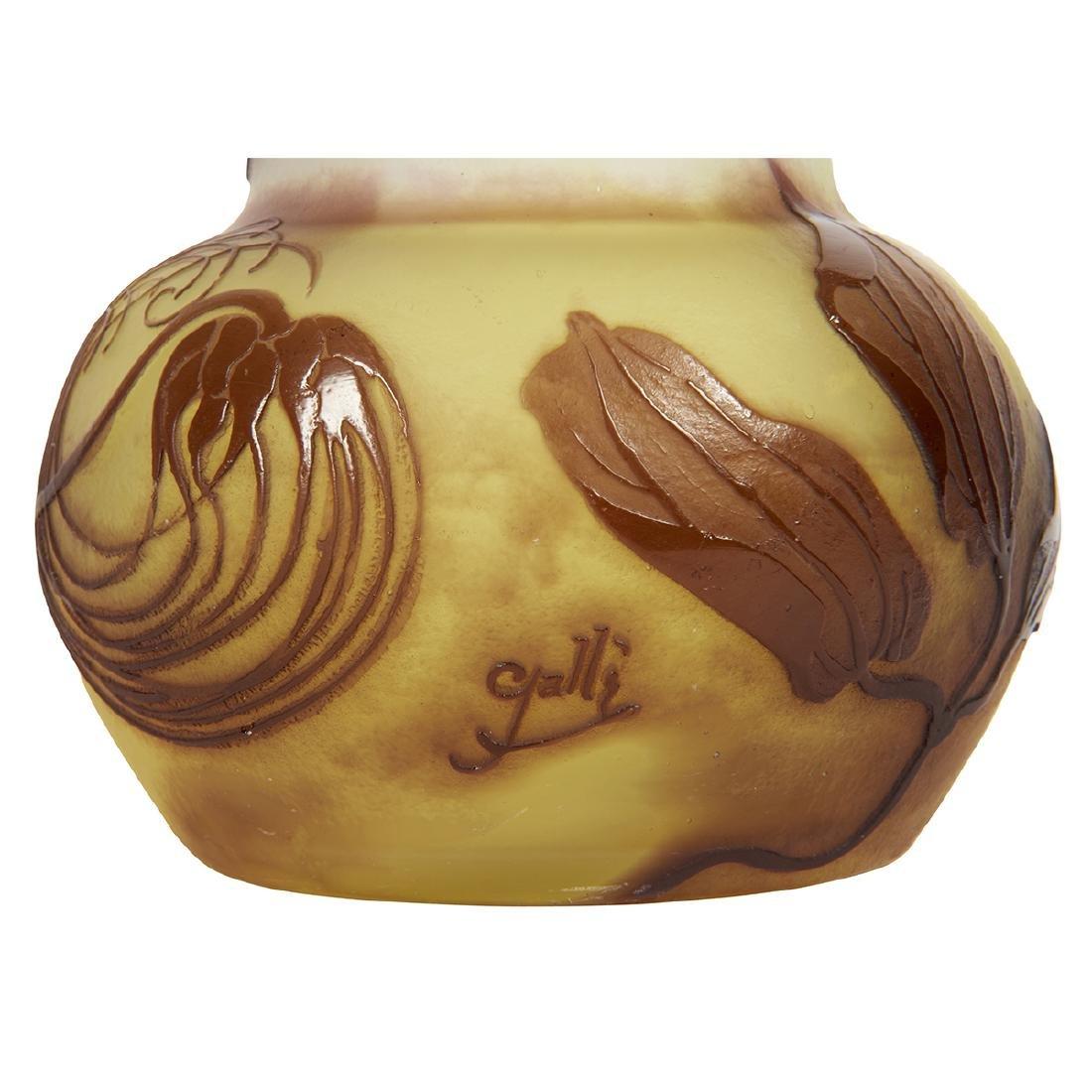 Gallé Clematis cameo glass vase - 3