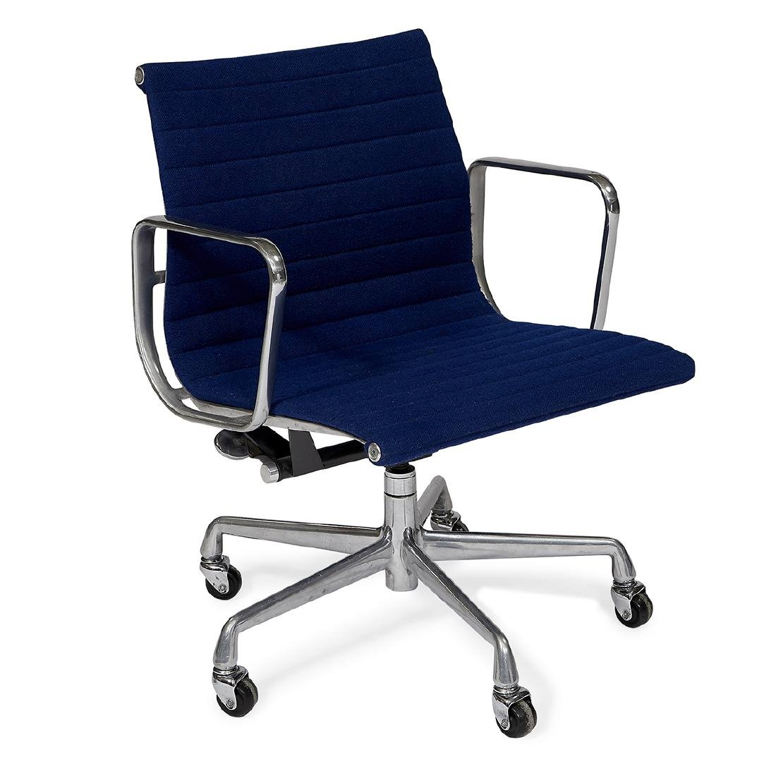 Eames for Herman Miller Alum Group chair