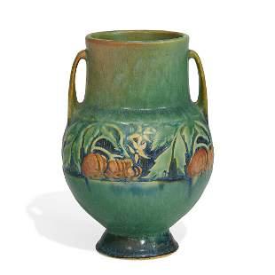 Roseville Pottery Co. Baneda vase