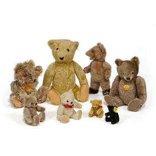 Steiff teddy bears, group of eight