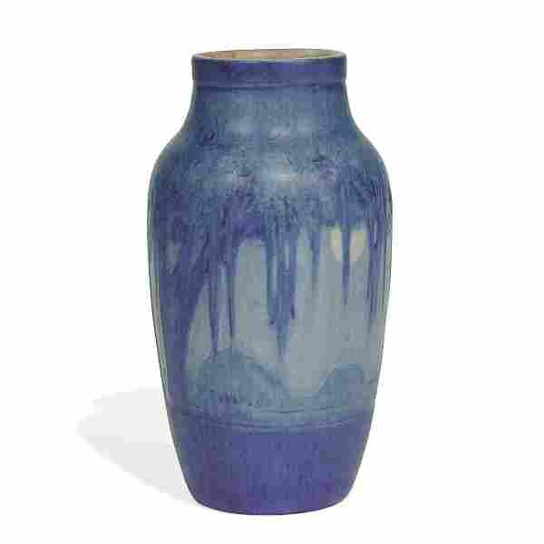 Sadie Irvine, Newcomb Spanish Moss and Moon vase