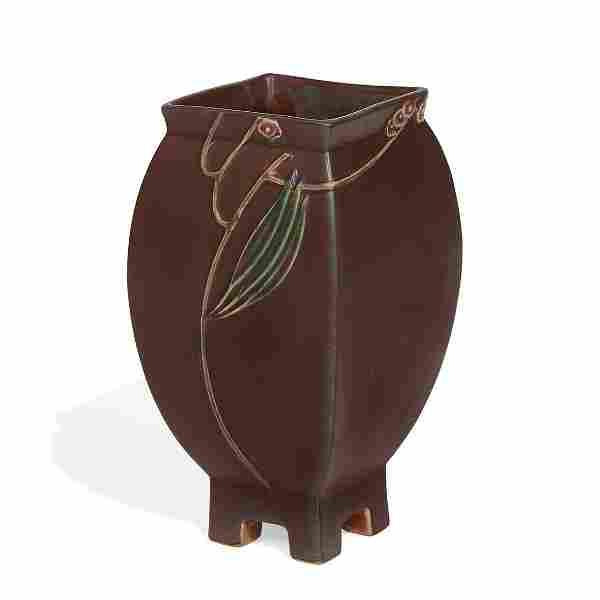 Roseville Pottery Co. Futura Mauve Thistle vase