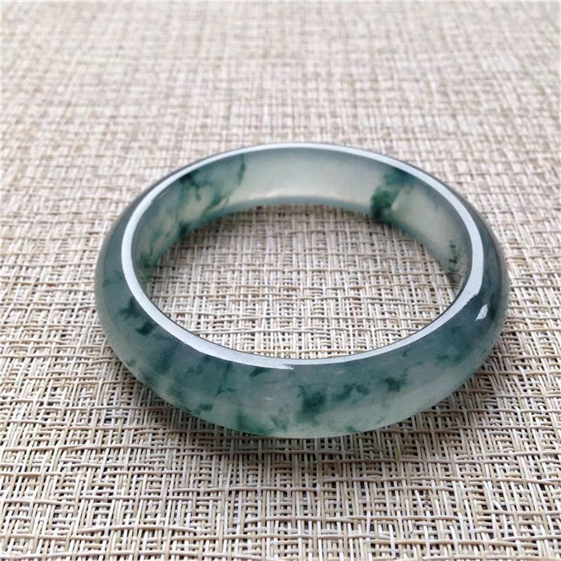 Natural Emerald Jade Bangle