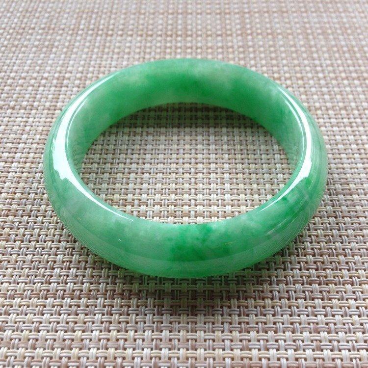 Natural Emerald Jade Bangle
