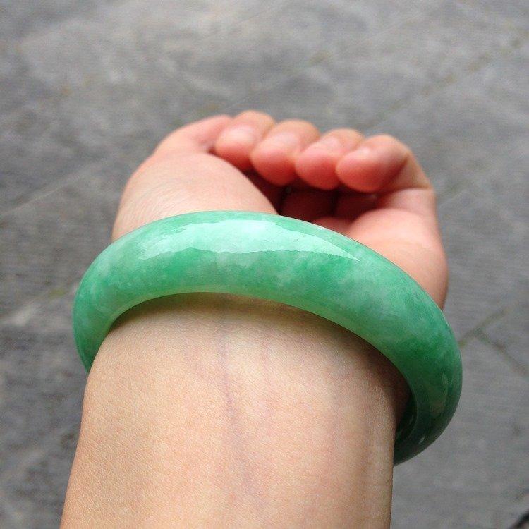 Natural Emerald Jade Bangle - 4