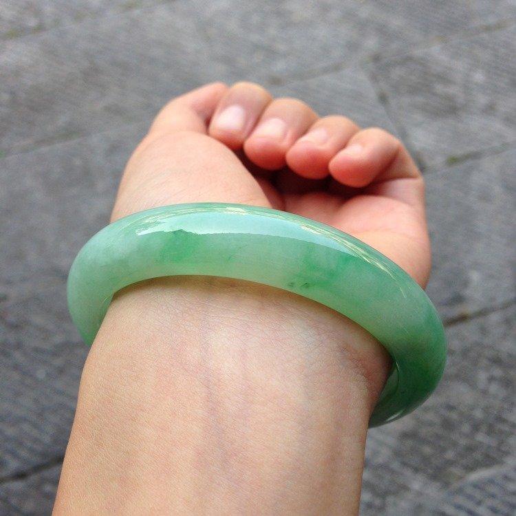 Natural Emerald Jade Bangle - 3