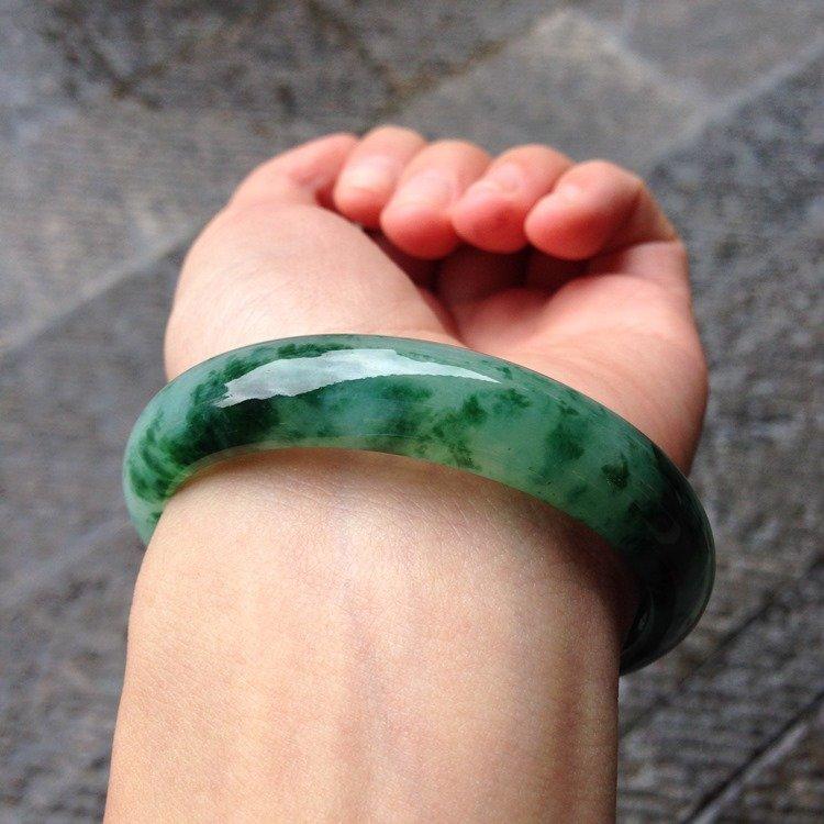 Natural Emerald Jade Bangle - 8