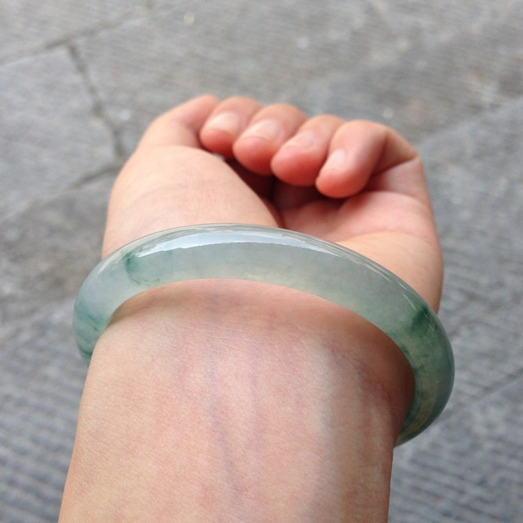 Natural Emerald Jade Bangle - 2