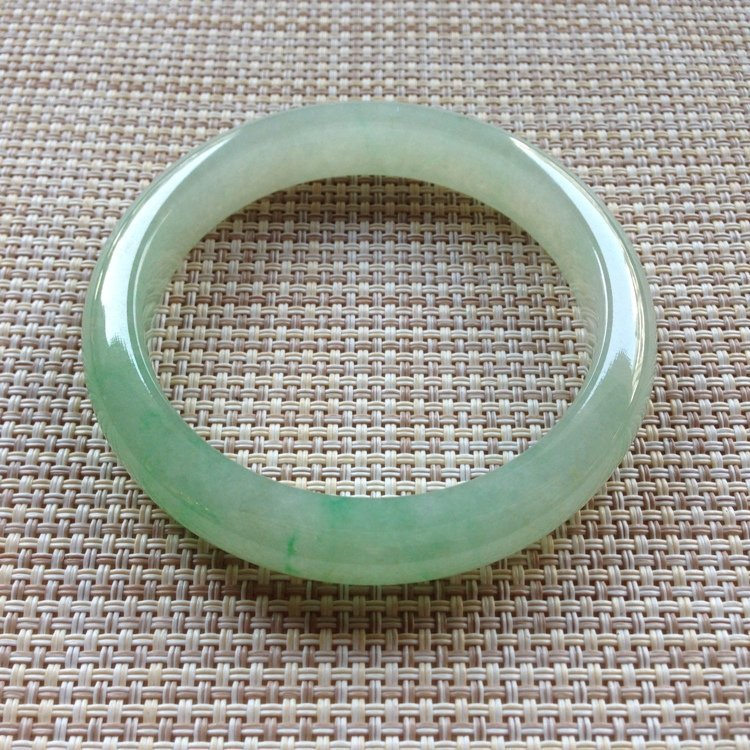 Natural Emerald Jade Bangle - 8