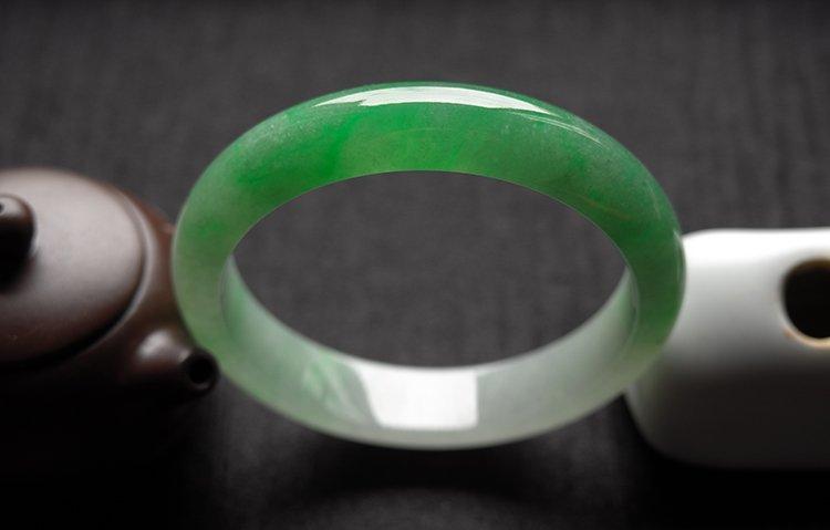 Haute  Natural Jadeite Jade Bangle - 4