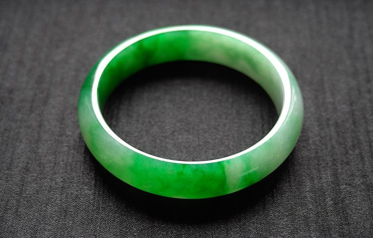Haute  Natural Jadeite Jade Jewelry Bangle