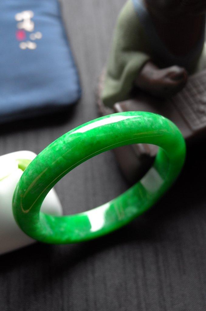 Rare Burmese jadeite jade bracelet