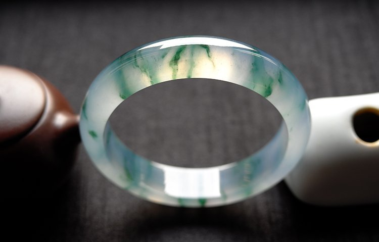 Natural Emerald Jadeite Jade Bangle - 3