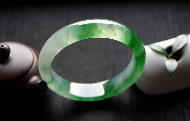 Natural Emerald Jadeite Jade Bangle - 3