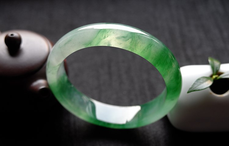 Natural Emerald Jadeite Jade Bangle - 7