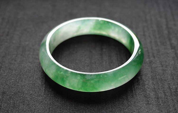 Natural Emerald Jadeite Jade Bangle - 9