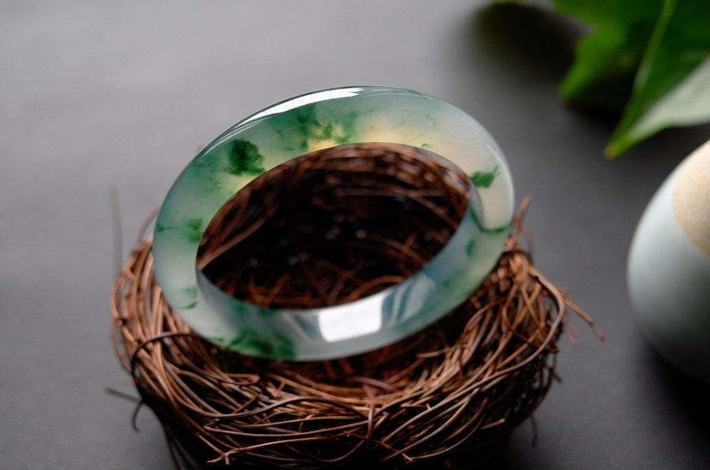 Natural Emerald Jadeite Jade Bangle