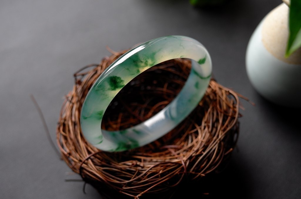 Natural Emerald Jadeite Jade Bangle - 4