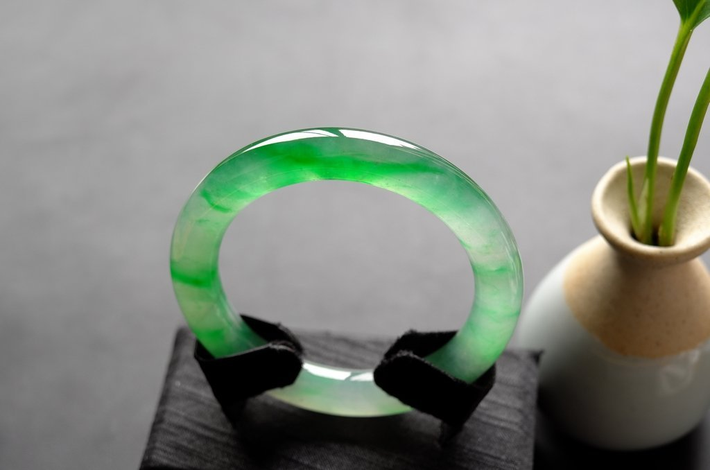 Natural Emerald Jadeite Jade Bangle - 9