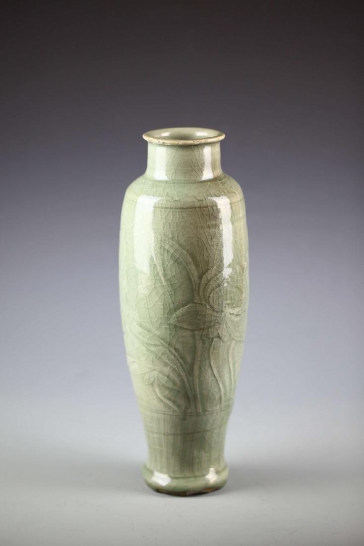 China, Longquan Ware, Celadon-glazed Rouleau Vase