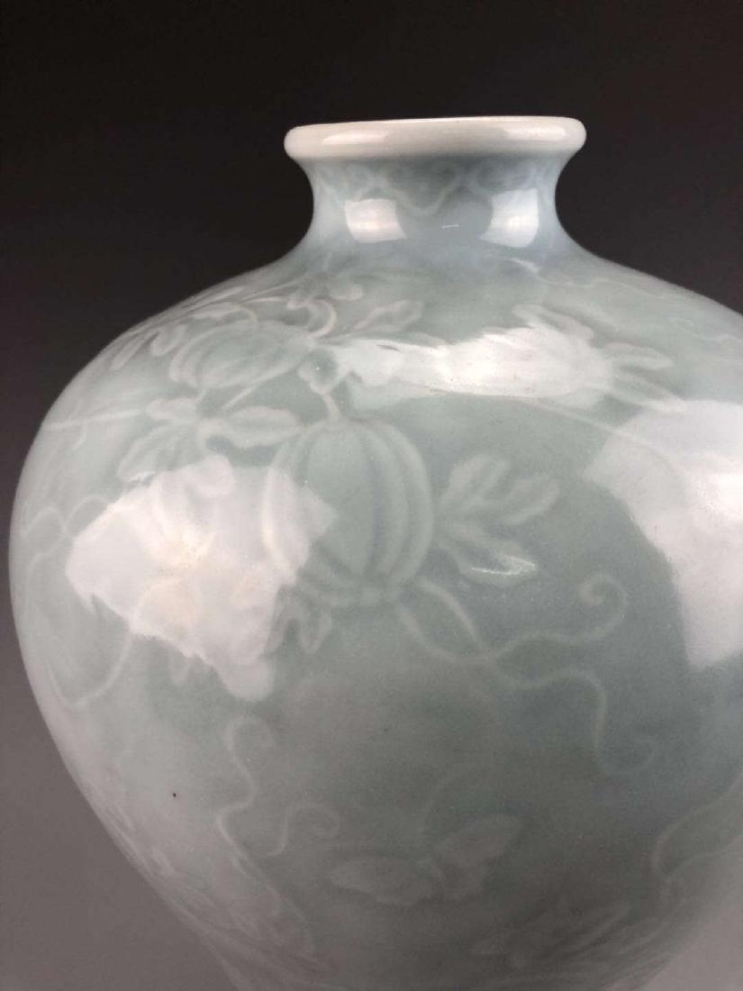 China, Green Glaze Meiping Vase - 6