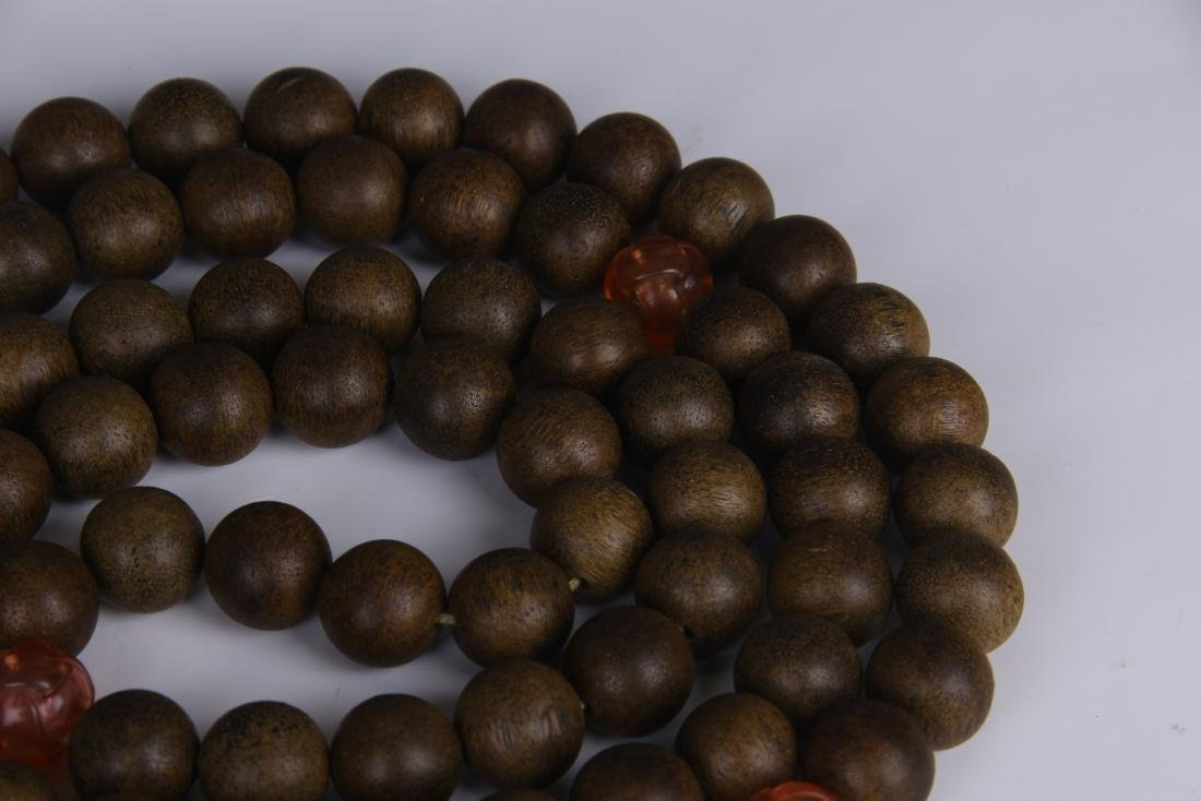 A STRING OF CHENGXIANG WOOD BUDDHA BEADS - 4