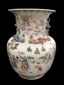 A LARGE CHINESE CANTON FAMILLE ROSE 'FIGURES' VASE